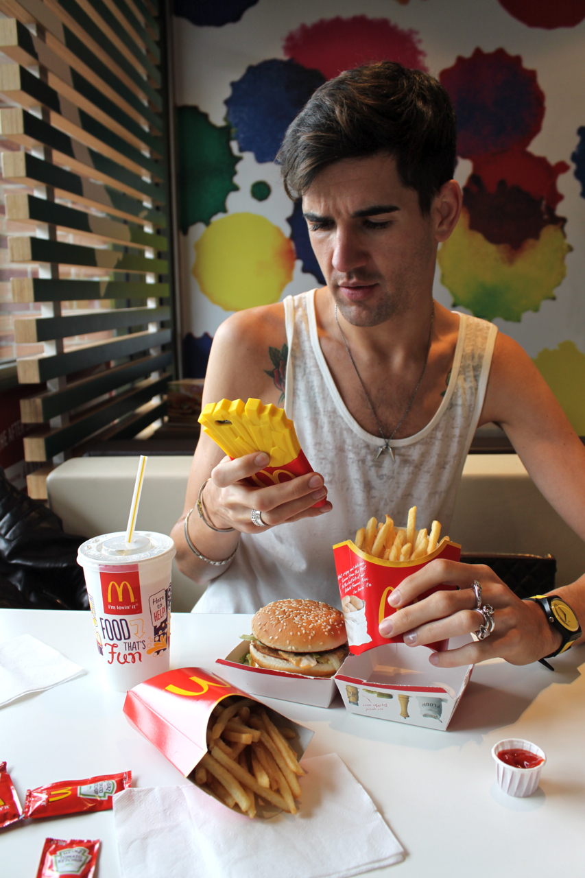 mcdonalds case 14 View test prep - case 1 mcdonalds from mgmt 212 at university of macau case 14 even in the midst of a global economic slowdown, mcdonald's reported strong results for the fourth quar— ter of.