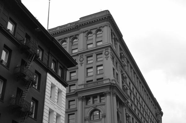 black and white shot of san francisco buildings