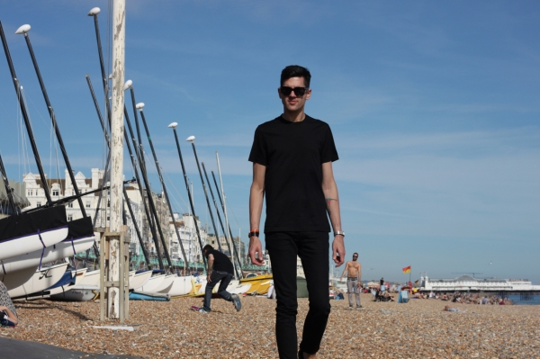 wearing all black on brighton beach in the sunshine